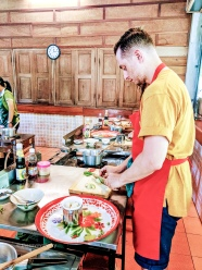 TheSavvyPantry-ChiangMai2Days-Day2-ThaiCookingClass (14)